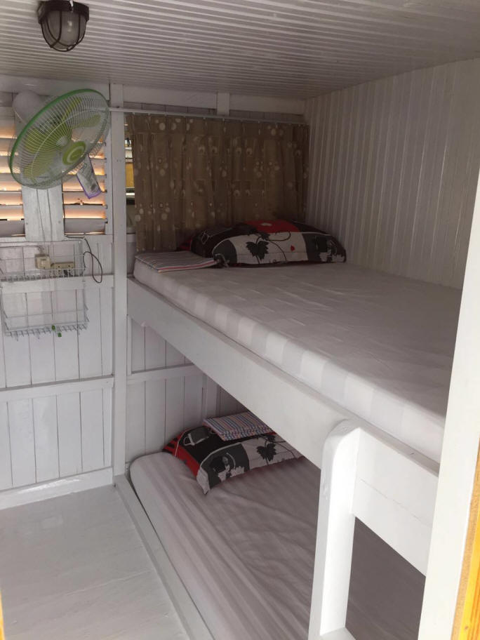 Private boat standard cabin rooms